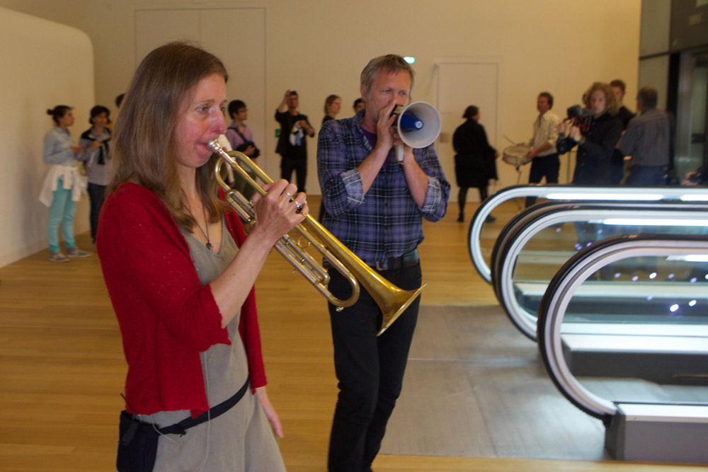 Cindy Bernard, The Inquisitive Musician, Stedelijk Museum